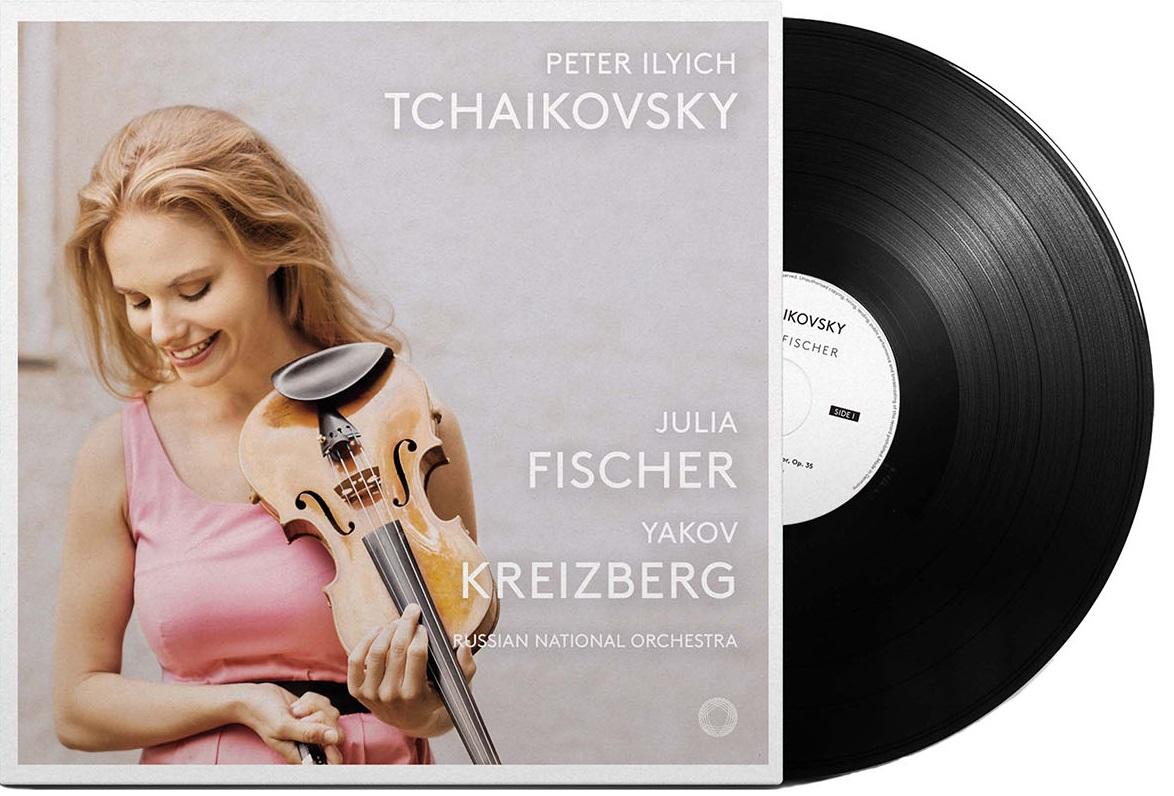 ユリア・フィッシャーのチャイコフスキー/ヴァイオリン協奏曲、憂鬱なセレナード、ワルツ=スケルツォ、なつかしい土地の思い出