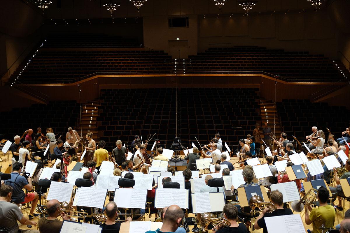 フルシャ&バンベルク響のスメタナ/連作交響詩「わが祖国」 オーケストラ録音風景